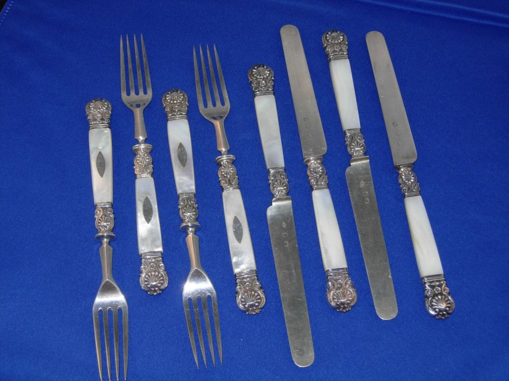 Set of forks and knives